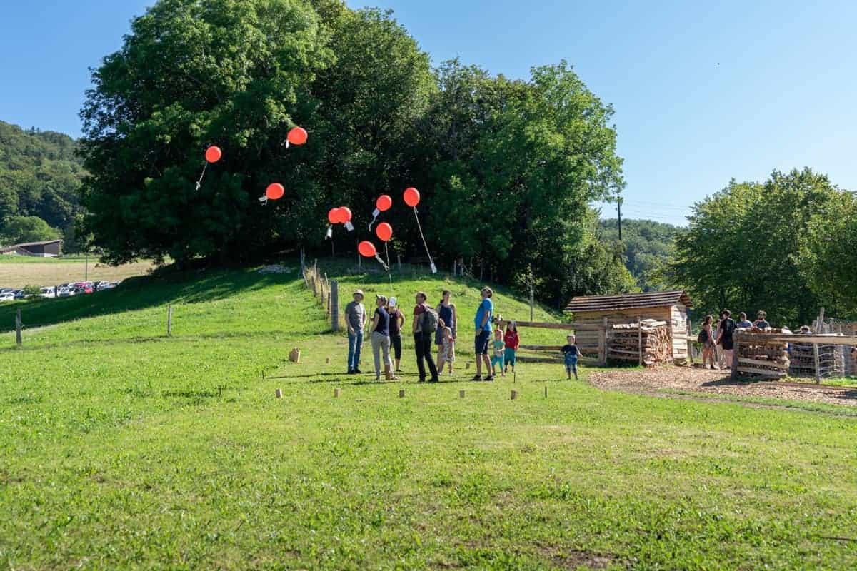 Ballonwettbewerb vom Naturspielplatz